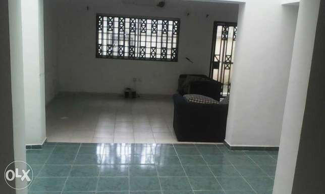 3 bedroom service terrace with a BQ Ikoyi - image 4