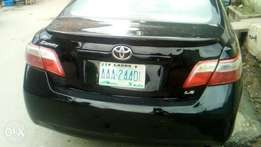 Black Toyota Camry muscle 08'