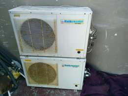 Hey having 2heat pumps for sale working an in good condition