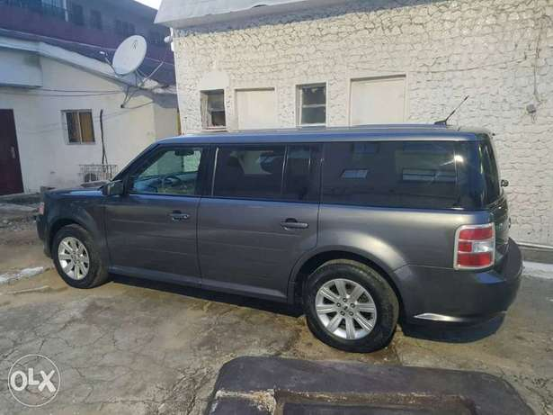 FORD FLEX 2010 Model now on Offer Lagos Mainland - image 5
