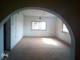 Very spacious 3bedroom flat 200k with 3toilets at Igando.