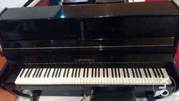 Cherny accoustic used piano