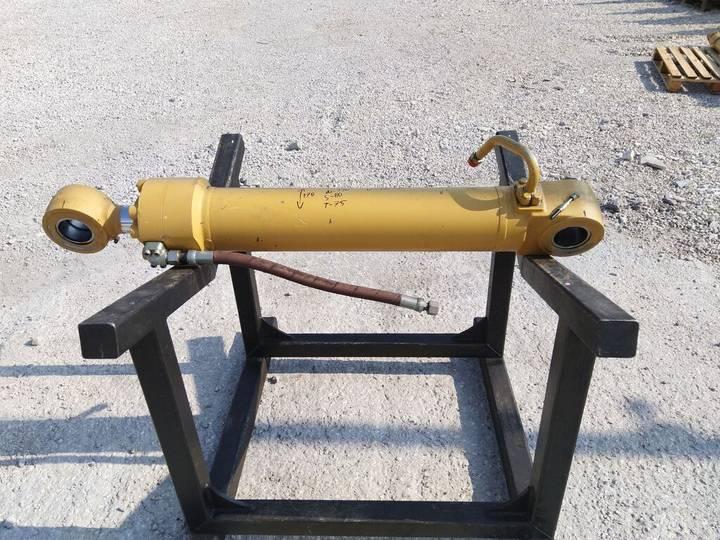 Caterpillar Hydraulic cylinder for  M 235 330 323 325 322 320 318