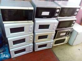 Ex-uk clean refurbished 20 litre microwaves on sale at an offer