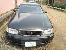lexus gs300.In good condition .Only to fix the ac condenser.