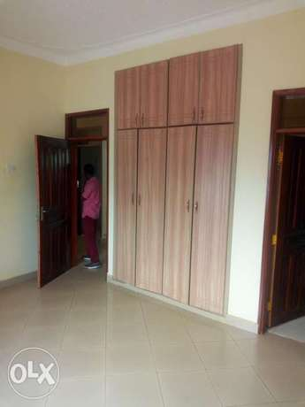 Executive two bedroom house is available for rent in kyaliwajala. Kampala - image 6