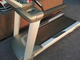 Treadmill Spirit ST8000 for sale