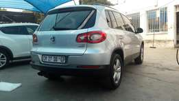 Vw tiguan TSI 1.4 2011 model bleumotion very clean excellent like new