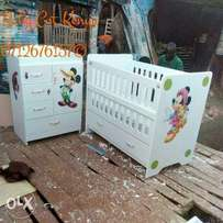 Baby Cot Micky mouse decored