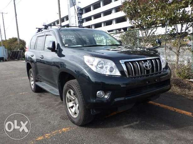 Landcruiser prado grey colour 2011 model excellent condition Kilimani - image 1