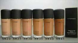 Mac Liquid foundation