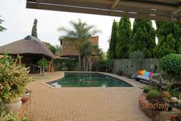 3 Bedroom house with flat (sinoville) pretoria for sale