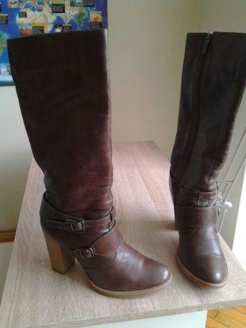 Чоботи шкіряні в ідеальному стані.  400 грн. - Жіноче взуття Луцьк ... c08e42a6e2cf8