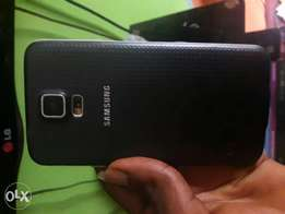 Samsung s5 fingerprint 2GB RAM 16GB
