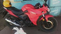 A sports bike 250cc king power