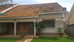 Posh House for sale in bunga near the main road