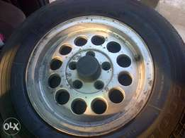 set of microbus rims wid tyres