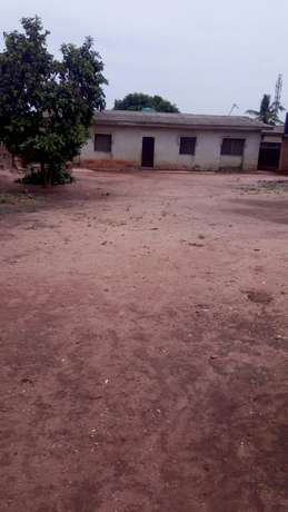 For Sales:Decent 3 bedroom's flat bungalow at Sango toll gate Lagos Mainland - image 2
