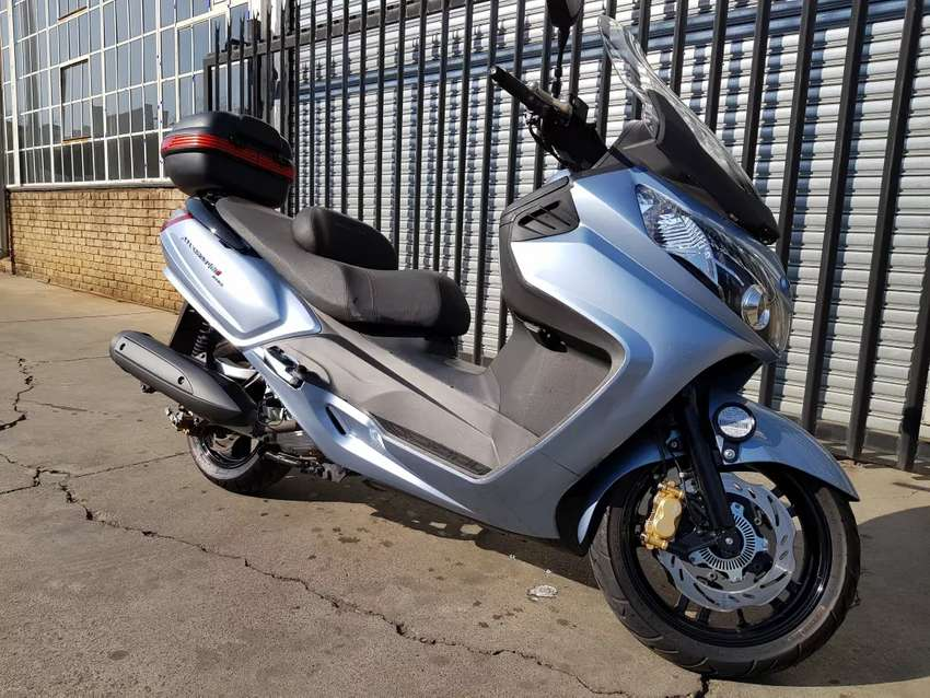 Sym Maxsym 400i Scooter Motorcycles Amp Scooters 1056350933