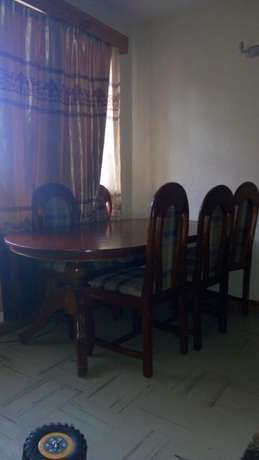Dining table and six chairs Kiambu Town - image 3