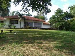 4bedroomed bungalow on mtwapa creek.