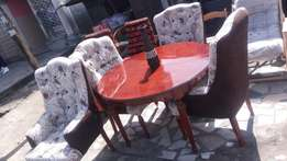 A complete set of American H-Bond dining set with 4 chairs