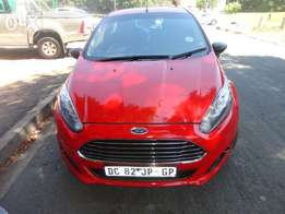 Ford 1.6i cars for sale in South Africa.