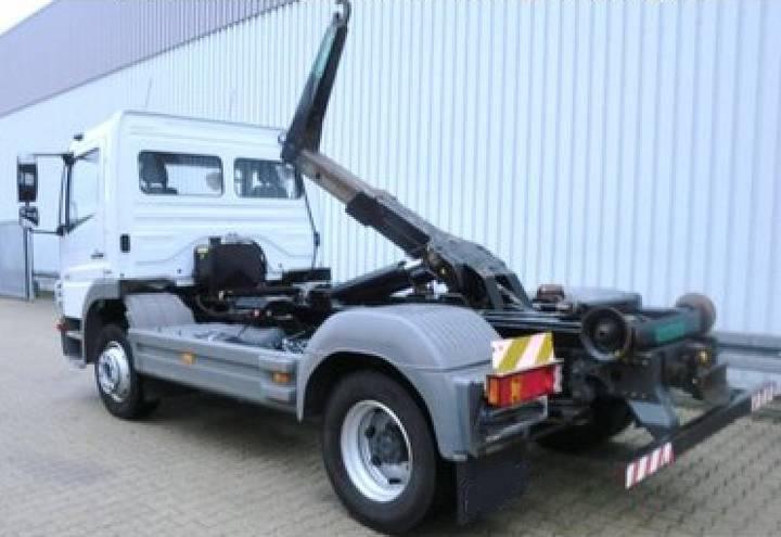 Mercedes-Benz ATEGO 12 18 GANCHO - 2008 - image 2