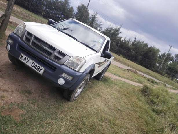 Quick sale! Isuzu dmax pickup KAV with turbo available at 1m asking! Naivasha - image 2