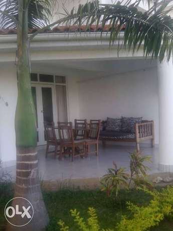 3br elegant beach villa fully furnished for rent in Nyali Mombasa Island - image 4