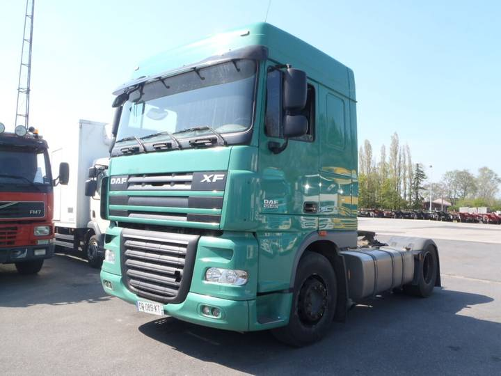 DAF 105XF 460 Space Cab (manual) - 2013