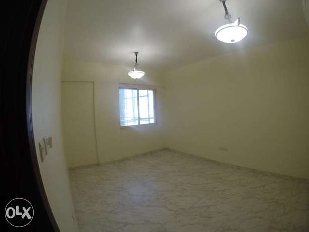 SPACIOUS 2BHK Apartment For rent in MBD ruwi Nr Masjid