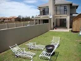 3 Bedrooms 3 Bathrooms townhouse for sale in Lilyvale