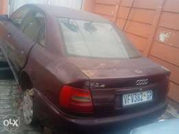 Audi a4 1,8 stripping for spares