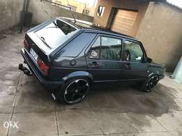 In a very good condition. 2litre engine. with sound big screen