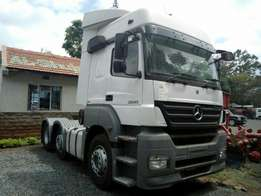 Mercedes Truck prime mover