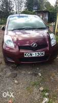 Toyota vitz (wine red)