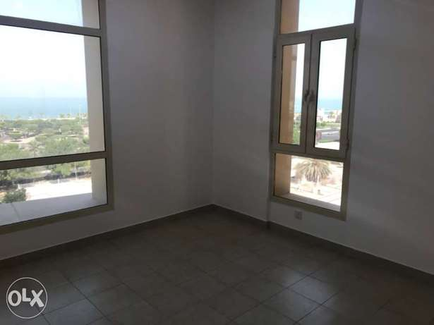 Salmiya near marina mall seaview 3bedrooms