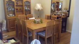 8 Seater Solid Wood Dining Room set R8000