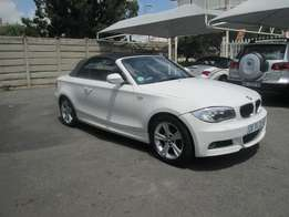 BMW 125i Series Convertible Automatic 2012 In Good Condition
