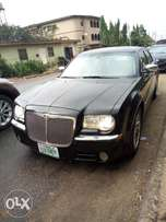 Chrysler 300C 2005 Model Very Clean Naija Used Perfectly Condition