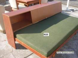 functional berths guest beds in 90 x 200 cm