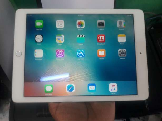 Ipad air 2, 128gb quick sale Nyali - image 1