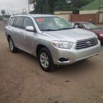 Tincan Cleared 2010 Toyota Highlander (Silver)