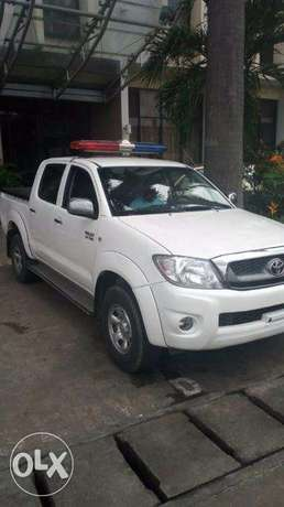 Hire Toyota Hilux with or without Amber light Port Harcourt - image 1