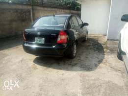 Very Clean Hyundai Accent 2006 Model Black for Urgent Sale