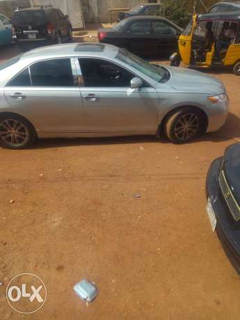 Neartly used Toyota muscle V6 full option for sale Enugu North - image 2