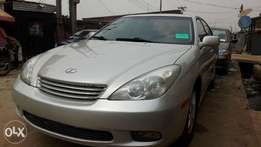 Extremely Clean 2004 Tokunbo Lexus ES330, Low Mileage