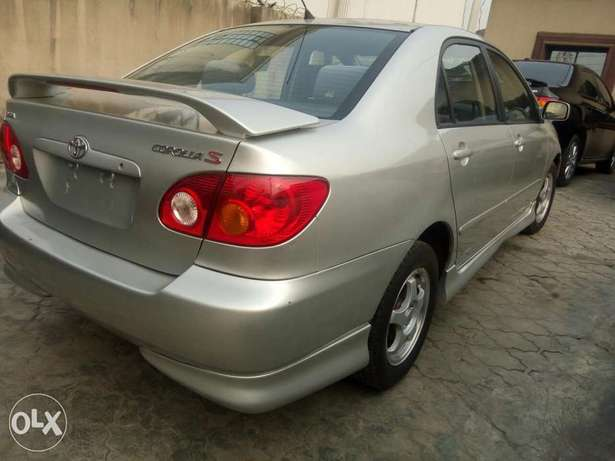 Foreign used Toyota corolla sport edition 2004 Ikeja - image 1