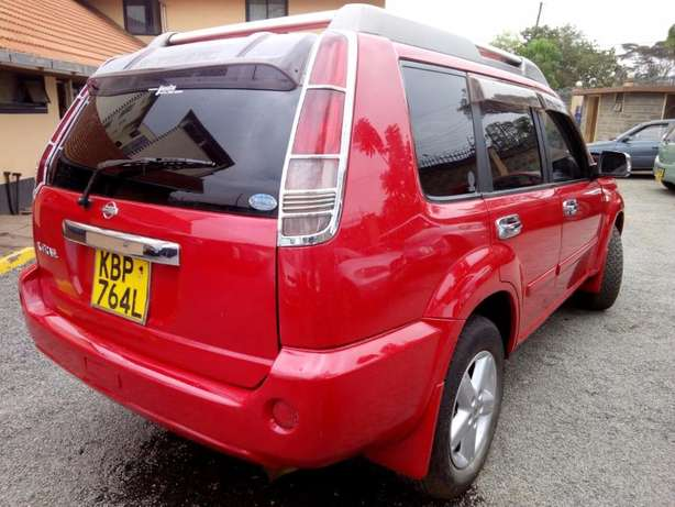2004 Nissan Xtrail, Hyper Roof, Automatic, 2000cc, Clean Woodly - image 3